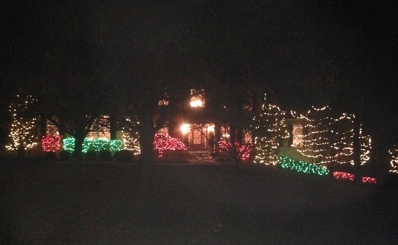 Philadelphia, PA and Delaware County Christmas Lights