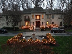 Christmas lights in Delaware & Chester County